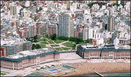 Playa Bristol, el Casino Central y la Plaza San Martín Nos encontramos a tan solo 200 mts. de este punto